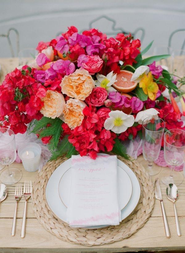 Blumen Tischdeko Centerpiece Hochzeit Bunt Sommer Hochzeitsblog