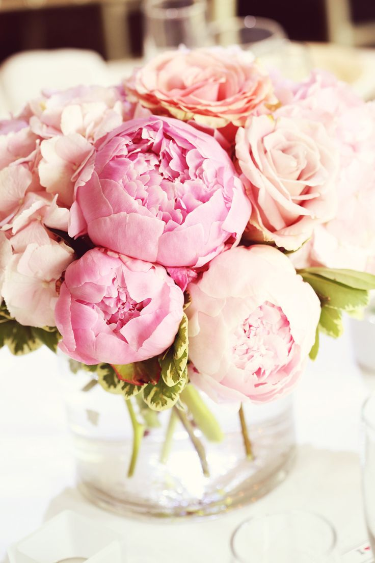 tischdeko hochzeit pfingstrosen rosa hochzeitsblog schweiz. Black Bedroom Furniture Sets. Home Design Ideas