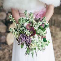 Winterliche Brautsträusse mit Christrosen