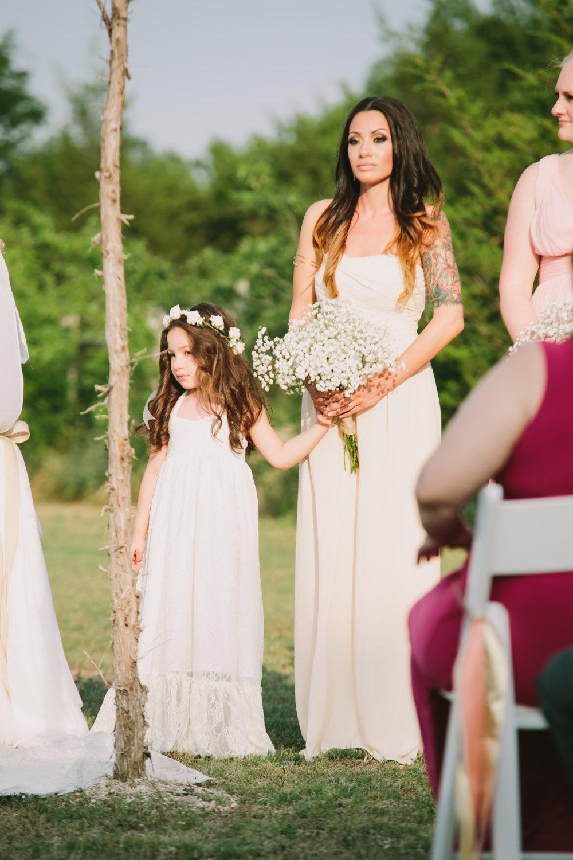 Blumenmaedchen Kleid Hochzeit lang weiss | Hochzeitsblog - Schweiz