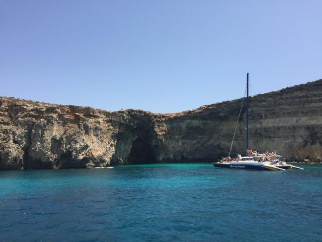 Blue Lagoon Malta Sommerferien Sommer Mittelmeer Comino Segeln Katamaran